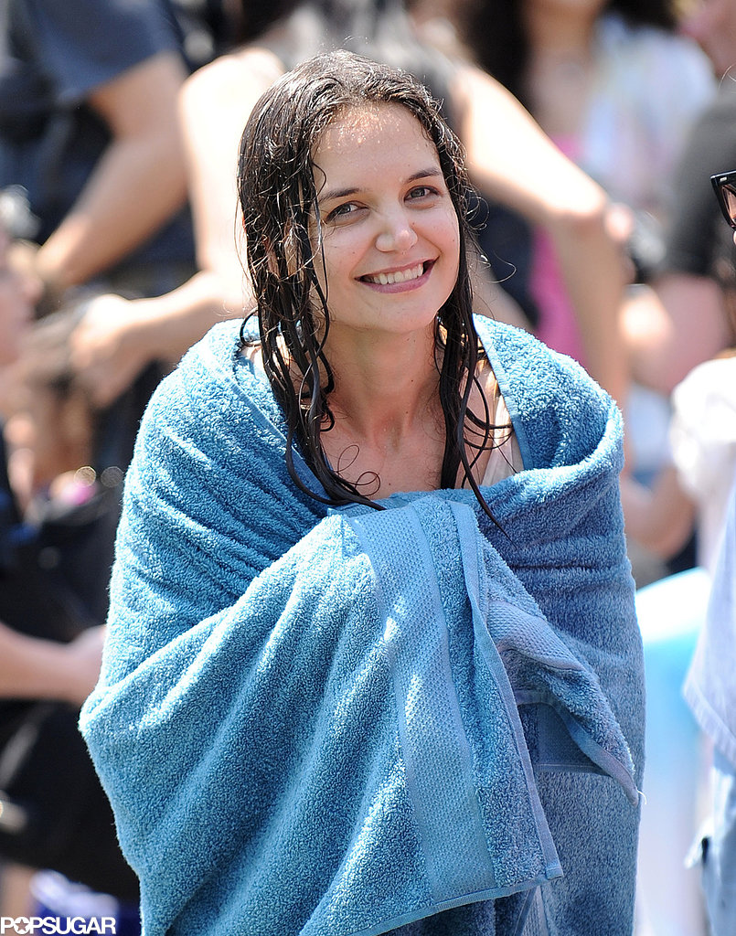 Katie-Holmes-wrapped-up-towel-while-set-NYC
