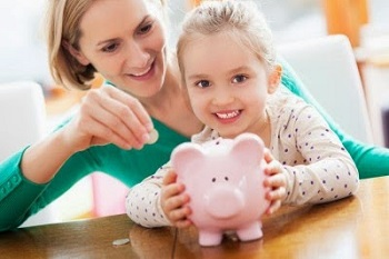 Kids-Saving-Money (1)